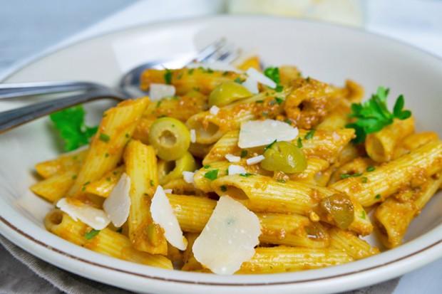 Oliven-Tomaten-Pesto
