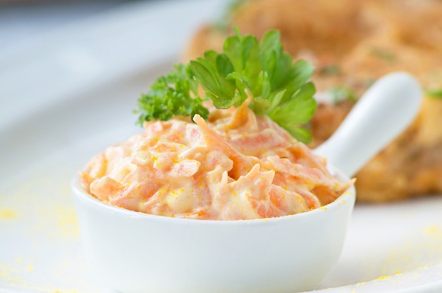 Knoblauch-Karotten-Dip