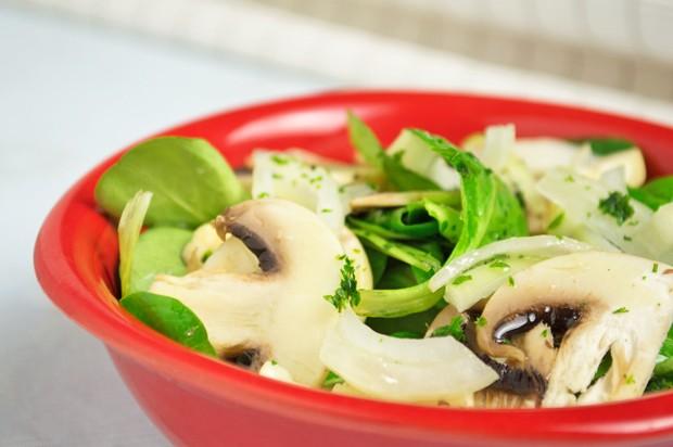 Basischer Vogerl-Pilz-Salat