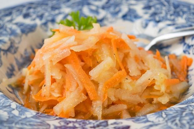 Karotten-Apfel-Salat