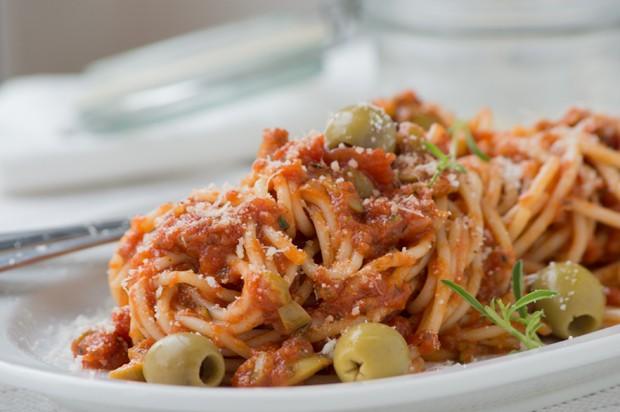 Tomaten-Oliven-Sauce
