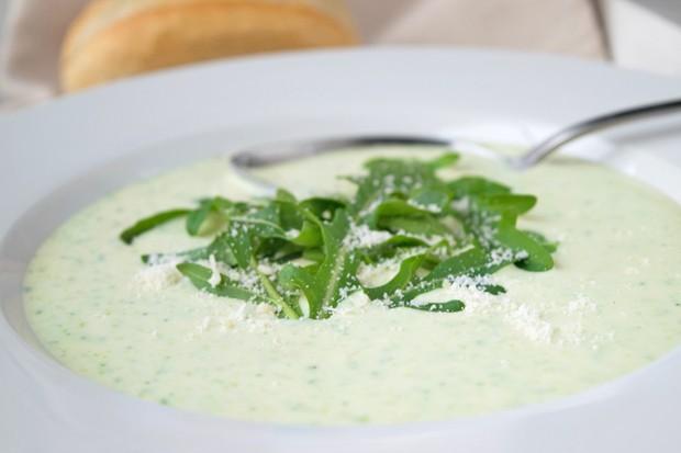 Kalte Rucola-Suppe