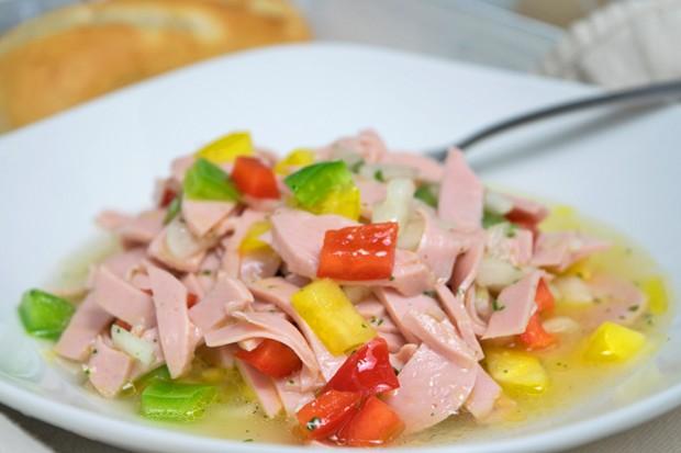 Paprika-Wurst-Salat