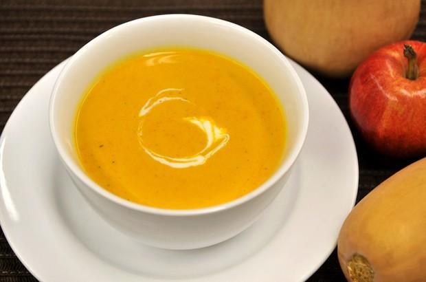 Kürbissuppe mit Apfel
