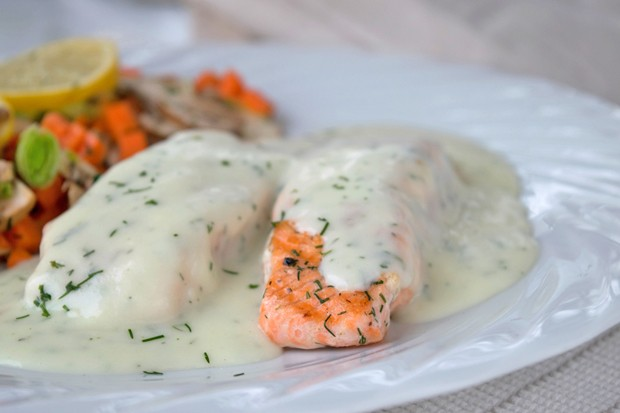 Lachs in Dillsauce
