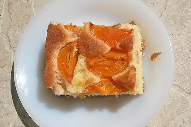 Marillenkuchen mit Dinkelmehl