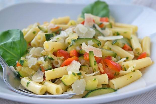 Makkaroni mit Gemüse