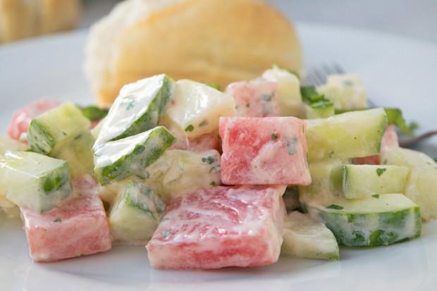 Melonen-Gurken-Minze-Salat