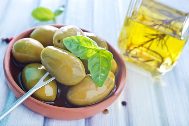 Mediterran eingelegte Oliven