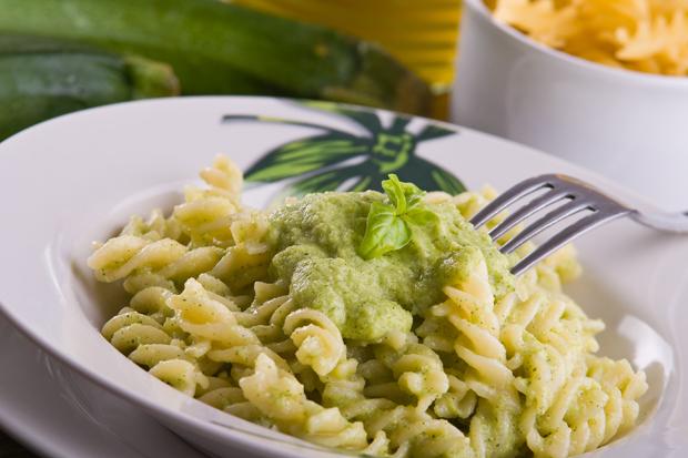 Mutti`s Zucchini-Pesto