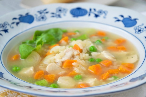 Reissuppe mit Huhn