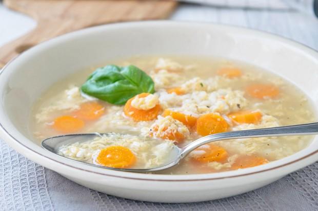Reissuppe mit Karotten