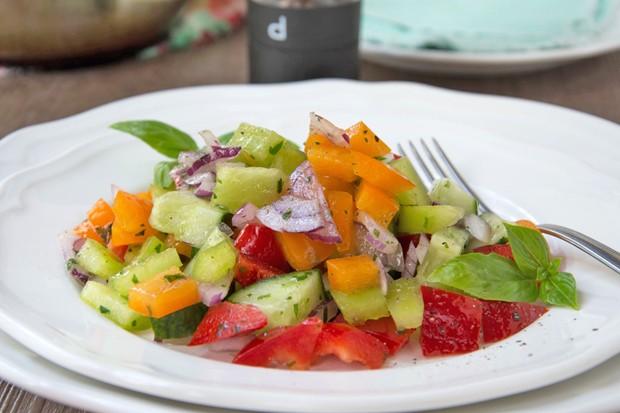 Paprika-Pfefferoni-Salat