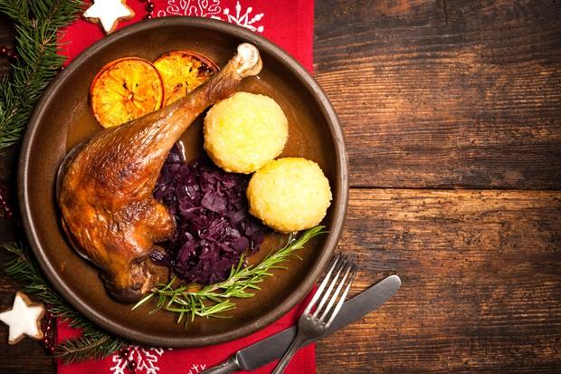 Weihnachtsgans mit Rotkraut