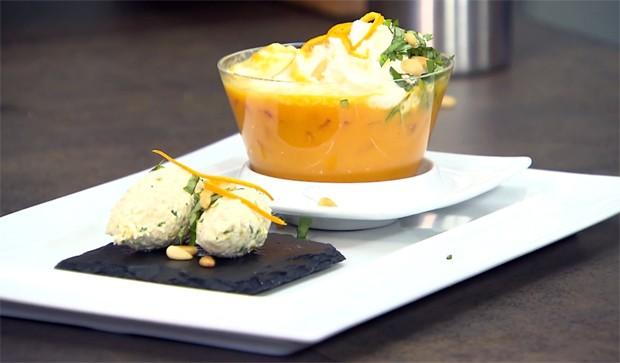 Karotten-Orangensuppe mit Basilikumnockerln