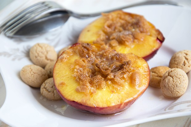 Mandel-Pfirsiche