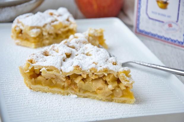 Apfelblechkuchen mit Streusel