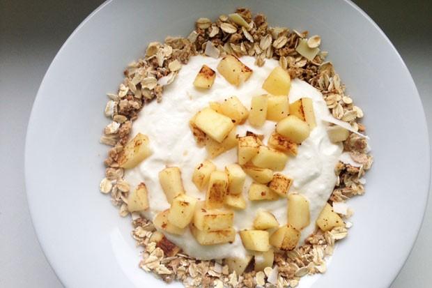 Bratapfel-Ricotta-Frühstück