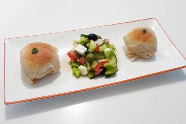 Griechische Salatbuchtel