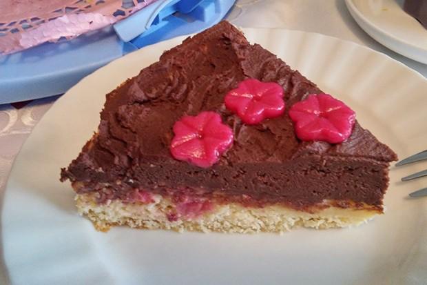 Donau-Wellen-Himbeer-Torte