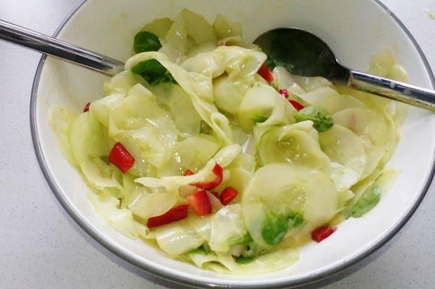 Gurken-Paprika-Salat