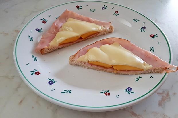 Toast mit Mangospalten
