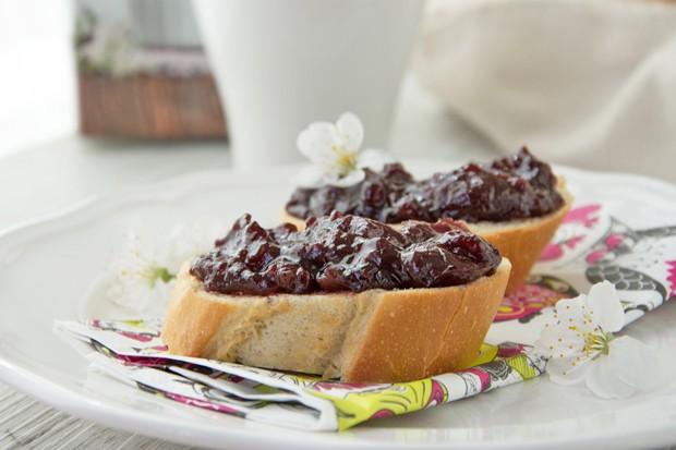Kirsch-Rotwein-Marmelade