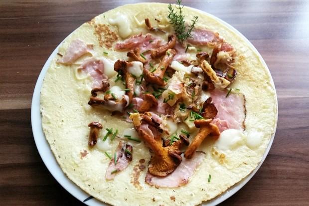 Schinken-Käse Omelett mit Eierschwammerln