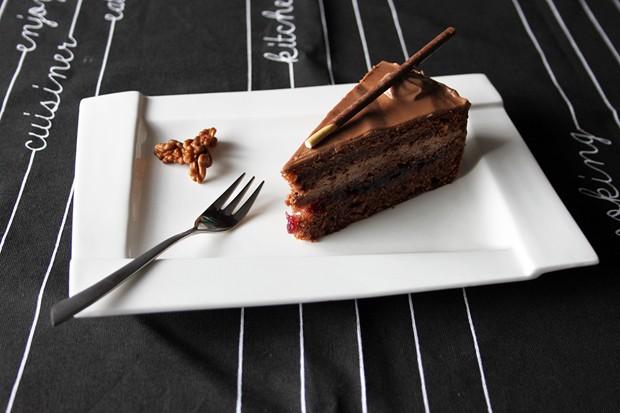 Nutella-Cranberry-Torte