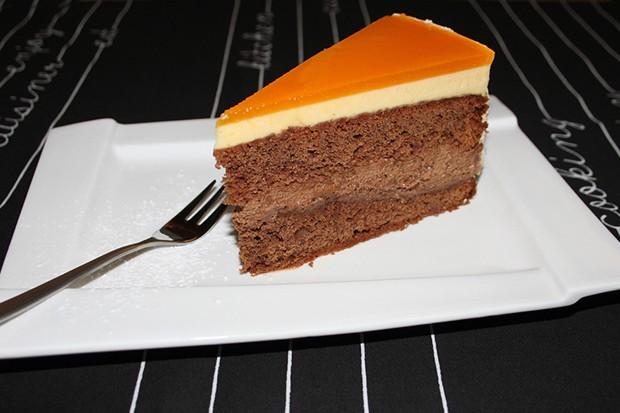 Maracuja-Schokomousse-Torte