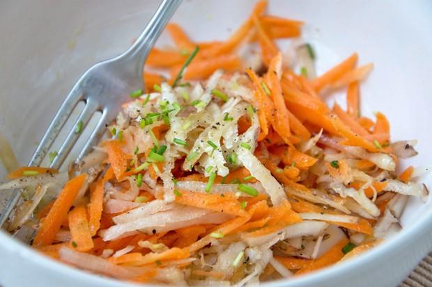 Karotten-Topinambur-Salat