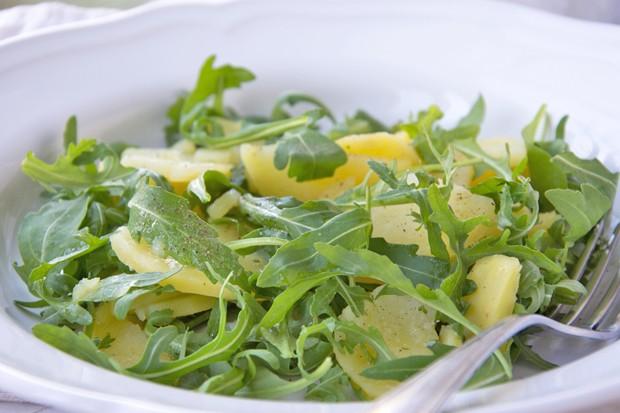 Topinambur-Rucola-Salat