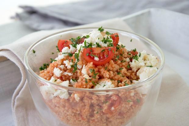 Tomatencouscous mit Feta