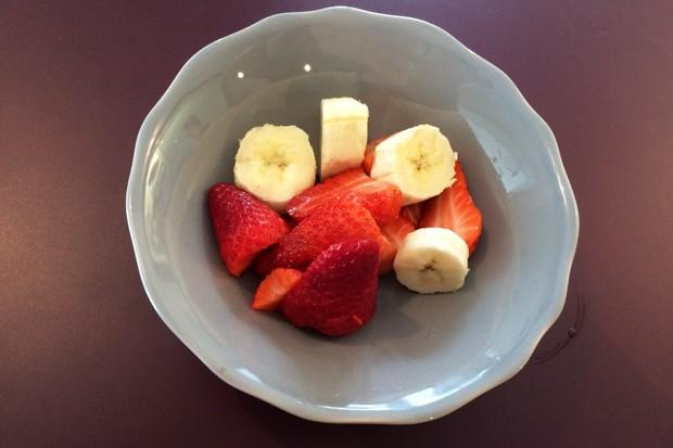 Erdbeeren-Bananen-Schüssel