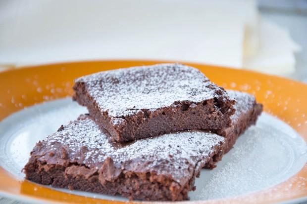 Nuss-Nougat-Brownies