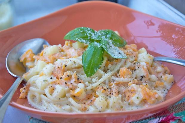 Karotten-Apfel-Pasta