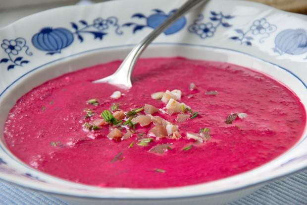 Rote-Rüben-Suppe nach Urlioma