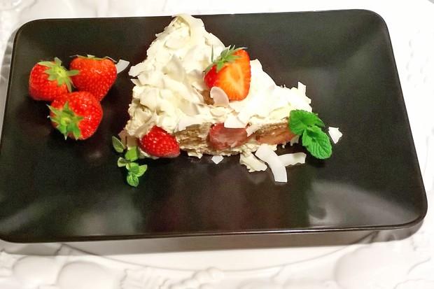 Brunch - Torte mit Erdbeeren
