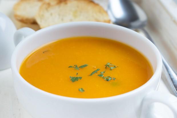 Indische Karotten-Orangen-Suppe