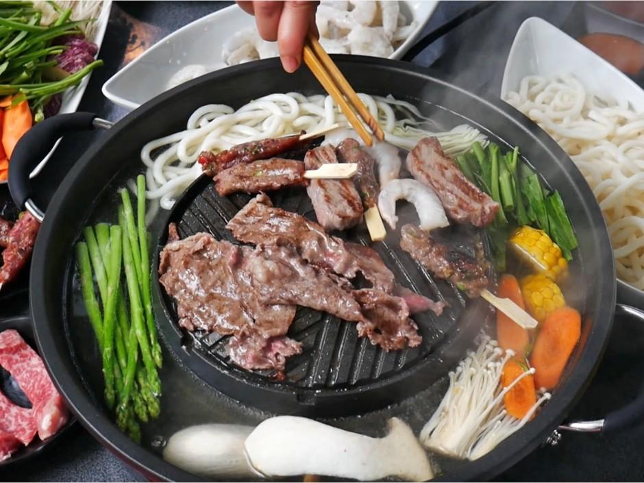 Low Carb Hot Pot mit Rindfleisch