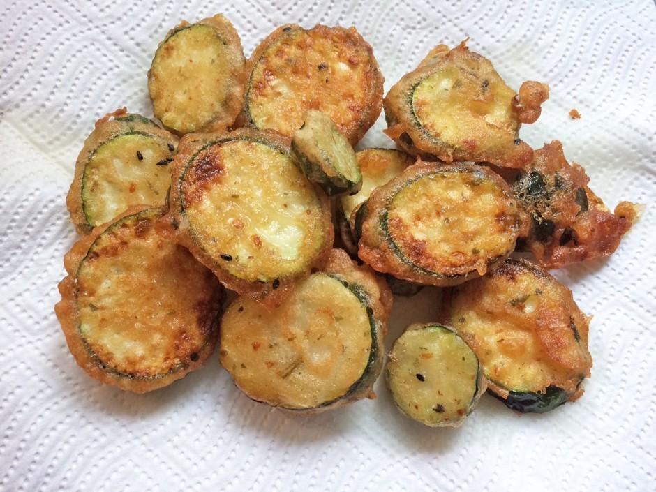 Zucchini in Gewürz-Tempurateig
