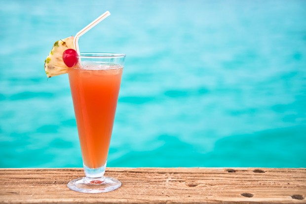 Karibischer Rum Cocktail