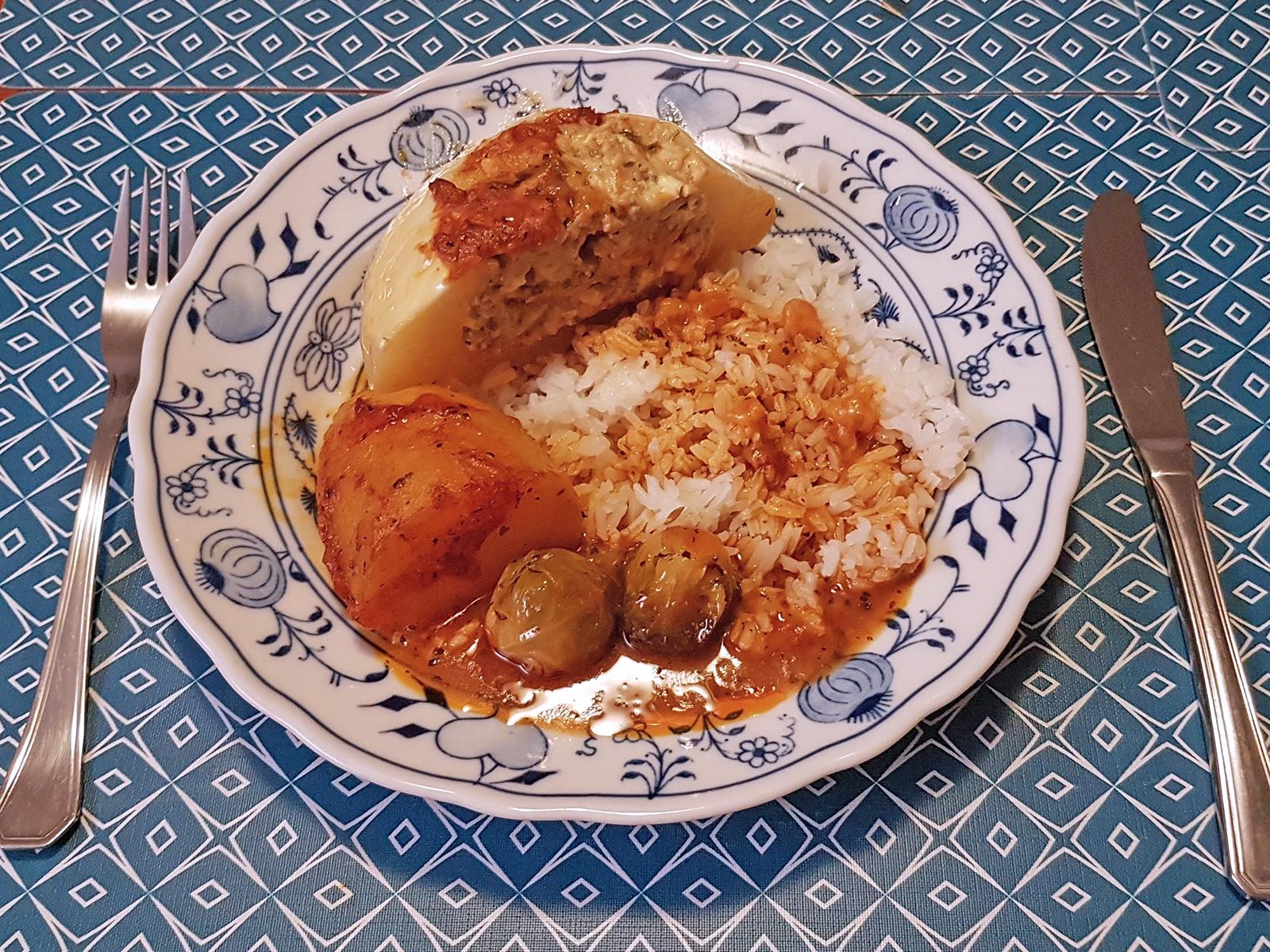 Patisson Kürbis gefüllt mit Faschierten und Fetakäse