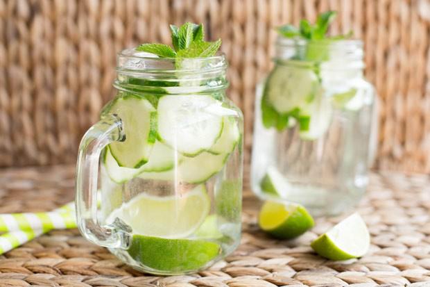 Detox Wasser Gurke-Limette