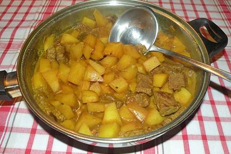 kartoffel-rindercurry.jpg