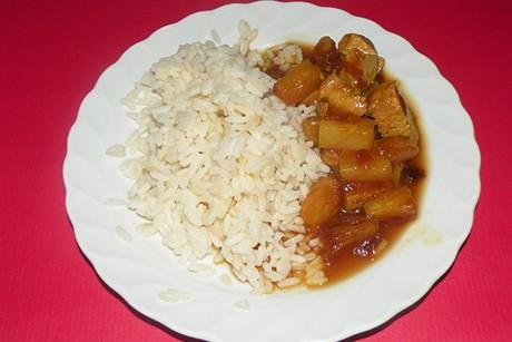 suess-saures-huehnerfleisch-mit-ananas.jpg