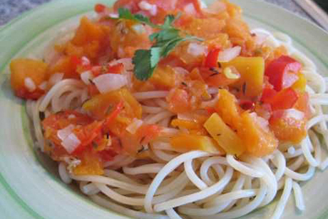 spaghetti-mit-kuerbissugo.jpg