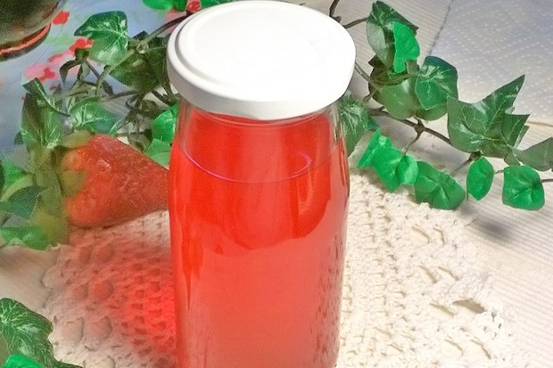 Erdbeersaft gekocht