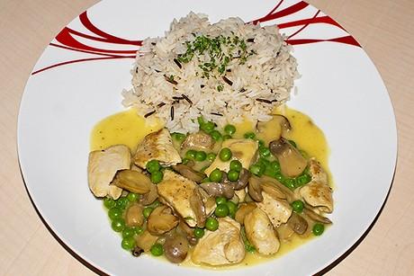 puten-curry-mit-champignons-und-erbsen.jpg