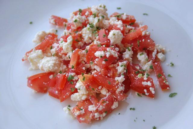 topfen-tomaten-minzsalat.jpg